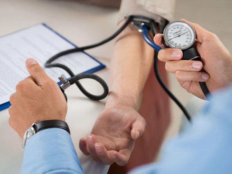 داروی افزایش دهنده فشار خون + علت فشار خون پایین